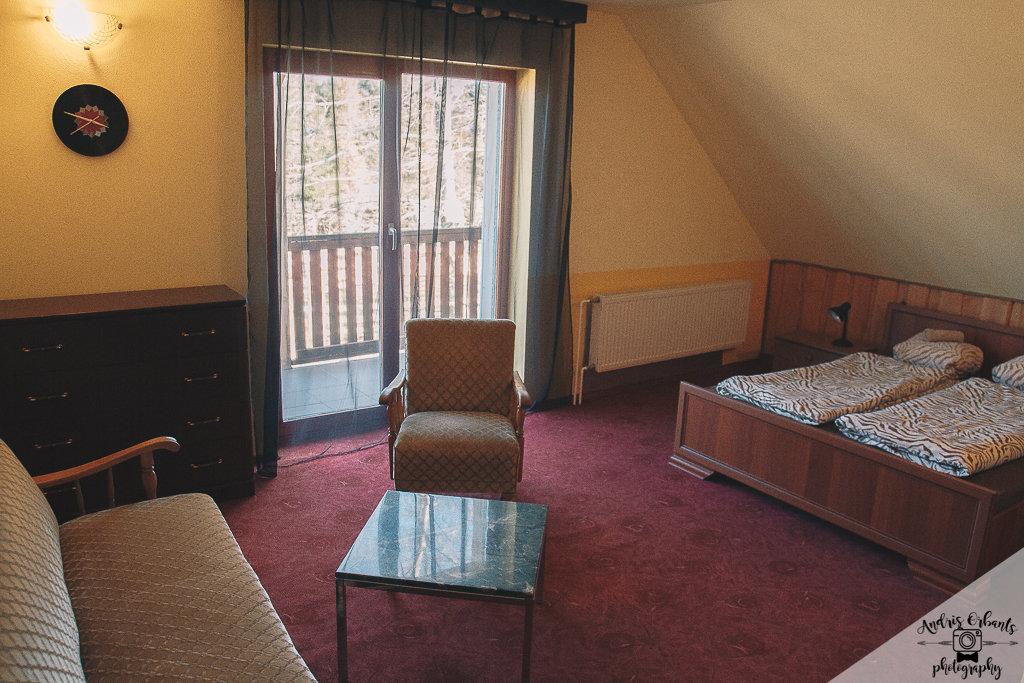Trīs guļamistabu dzīvoklis